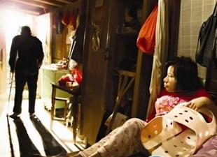 德化尿毒症父亲为养女筹手术费 放弃自己的治疗