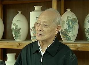 """郑福生:87岁画家 """"虎""""啸瓷上"""