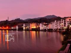 美丽的岱仙湖夜景
