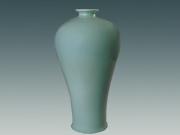 郑少华——翡翠釉花瓶