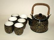 黑釉青花提梁壶茶具
