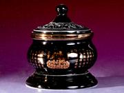 珠白瓷-香炉(黑釉)