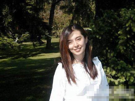 王祖贤近期生活照曝光