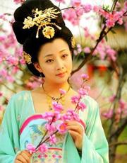《杨贵妃》揭秘历史原型 呈现奢华唐服